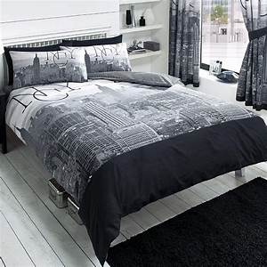 New york city skyline bedding nyc themed bedroom ideas for Bed linens nyc