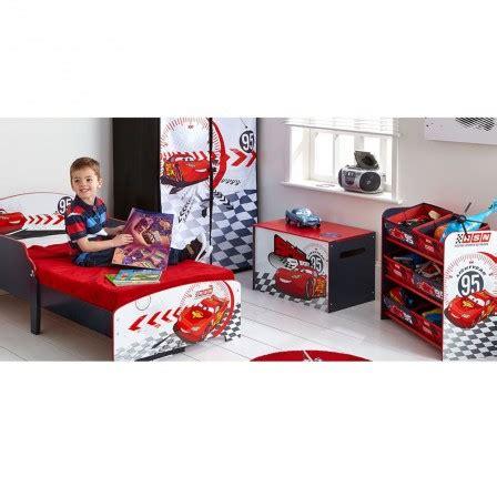 decoration chambre cars deco chambre enfant cars pas cher meuble cars flash mc