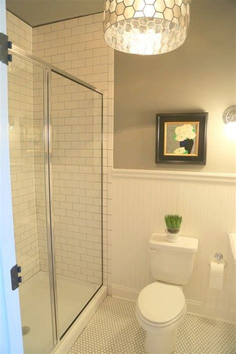 Beadboard And Tile by 25 Best Ideas About Bead Board Bathroom On