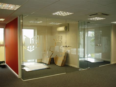 silver ceiling frameless glass partitions and doors ggsl
