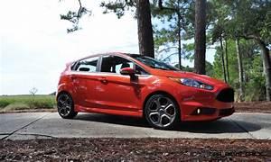 Ford Fiesta 2015 : update1 road test review 2015 ford fiesta st is freaky fast freaky good ~ Medecine-chirurgie-esthetiques.com Avis de Voitures