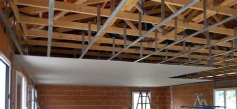pose de plafond maison travaux