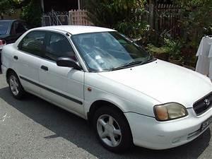 1999 Suzuki Baleno - Overview