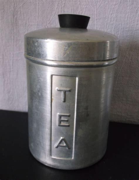 kitchen flour canisters vintage metal kitchen canisters aluminum flour sugar