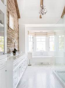 Bathroom Bay Window With Claw Foot Tub Cottage Bathroom