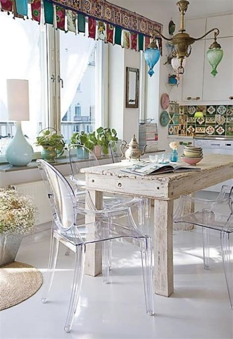 chaises transparentes but 39 beautiful shabby chic dining room design ideas digsdigs