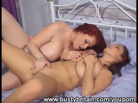 Big Boobs Lesbians Fun In The Bedroom Free Porn Videos