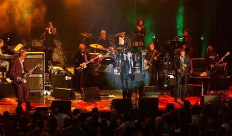 roxy music fame hall concert band ferry rock roll brian town pop 2006 honor ap southwestern performs macedonia british during