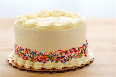 Cake Images Birthday Cake Flavor Has Taken 3 Musketeers Oreos