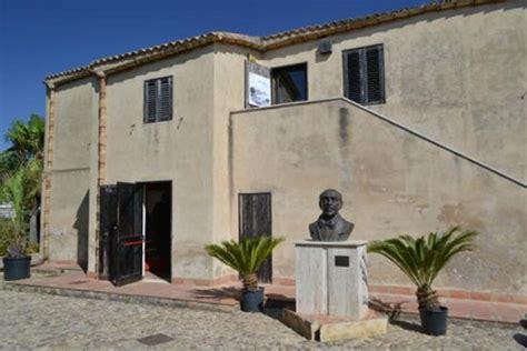 casa di pirandello agrigento agrigento casa museo di pirandello abbandonata al degrado