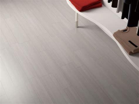 linear design porcelain tile  modern floor