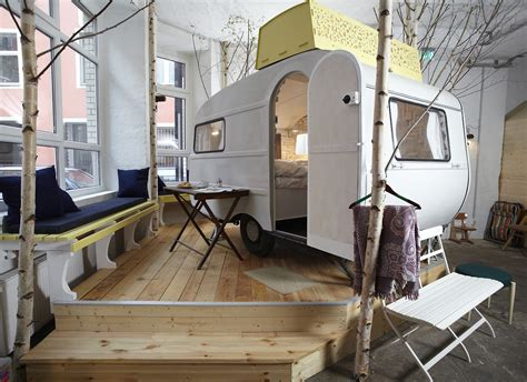 caravane chambre hôtel insolite berlin caravane le hutten palast en