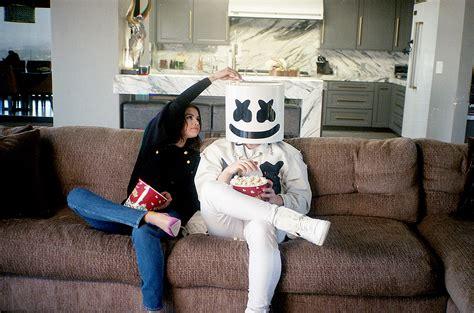 Selena Gomez & Marshmello Perform