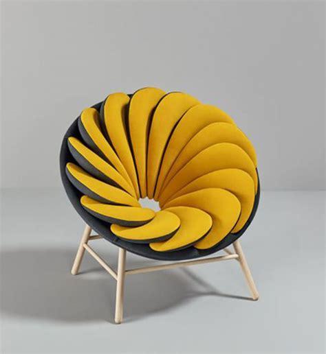 canape cocktail scandinave fauteuil jaune la couleur intemporelle et tendance