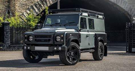 Lr Defender 2018 by Chelsea Truck S Lr Defender 110 Utility Wagon Knows Luxury