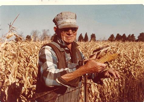 Prairie Mother: Photo Thursday - The Old Farmer
