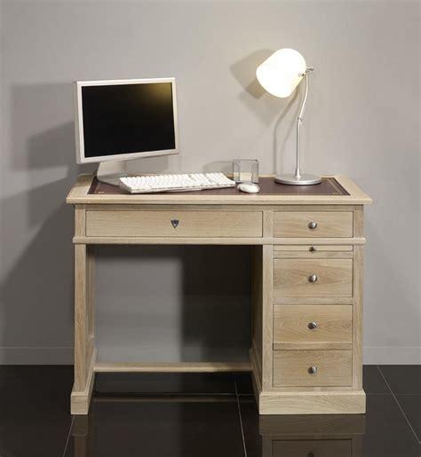 bureau chene blanchi petit bureau luc en chêne de style louis philippe finition