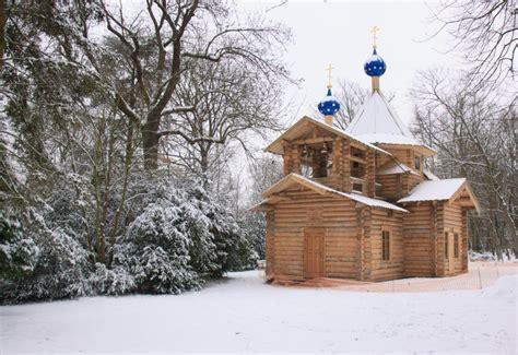 l 233 glise en bois du s 233 minaire orthodoxe russe sous la neige la semaine derni 232 re