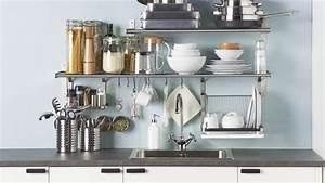 Regal Küche Ikea : ikea eine aufger umte k che durch clevere wandregal l sungen youtube ~ A.2002-acura-tl-radio.info Haus und Dekorationen