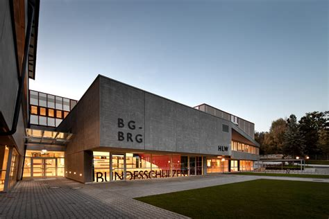 Bundesschulzentrum St. Veit / Spado Architects + Halm