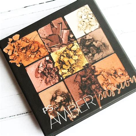 ps amber passion eyeshadow palette   huda beauty dupe