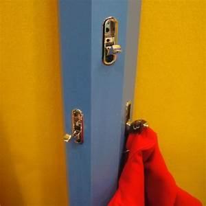 Porte Manteau Mural Enfant : porte manteau mural en forme de crayon ~ Teatrodelosmanantiales.com Idées de Décoration