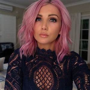 @ozbeautyexpert is so beautiful with #CottonCandyPink hair ...