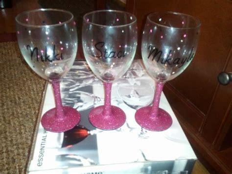 diy ideas   decorate wine glass