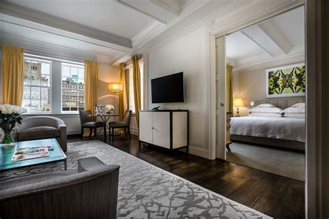 The two bedroom suites come with a washer and a dryer, making it the perfect choice for longer stays. Luxury Four Bedroom Hotel Suite in NYC   The Mark Hotel