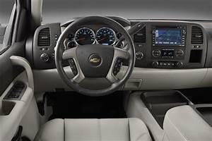 2007-13 Chevrolet Silverado 1500 Consumer Guide Auto