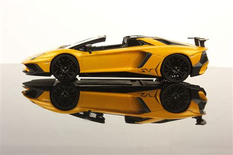 lamborghini aventador sv roadster yellow lamborghini aventador lp 750 4 superveloce roadster 1 43 looksmart models