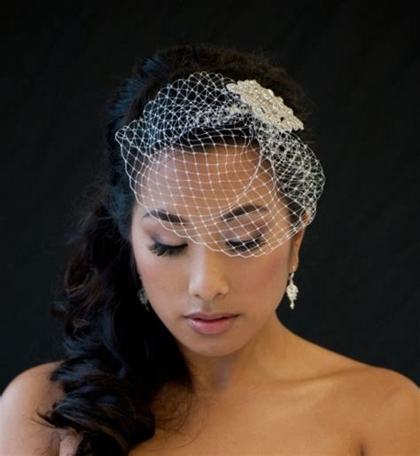 7 inch birdcage veil with rhinestone comb once wed