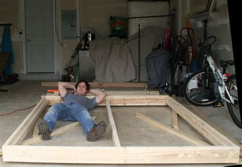 build  king sized platform bed honey   bed