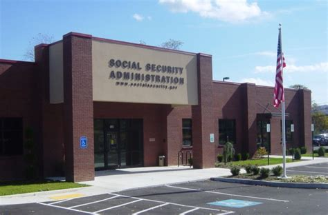 Who is the issuing authority for social security cards. Woman Discovers Stolen Identity After Ancestry.com Test To Find Family Member | LifeDaily