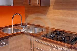 Cuisine Moderne En Bois : cuisine en bois moderne photo stock image du d coration 4032482 ~ Preciouscoupons.com Idées de Décoration