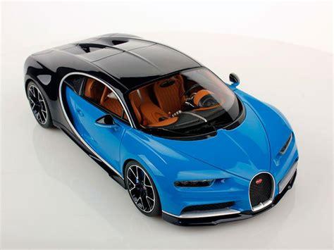 El type royale 41 de los años 30? Bugatti Chiron escala 1:18 - Autocosmos.com