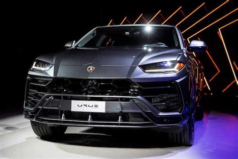 worlds fastest suv  lamborghini urus updated