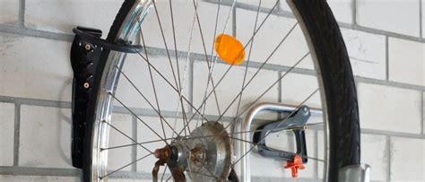 Fahrrad An Die Wand Hängen by Fahrrad Wandhalterung Test Das Fahrrad Platzsparend