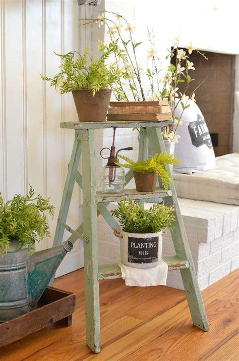 ways  decorate  vintage ladders