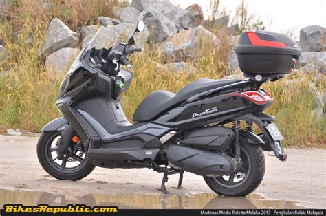 Kymco Downtown 250i Image by 2016 Kymco Downtown 250i Ride Impressions