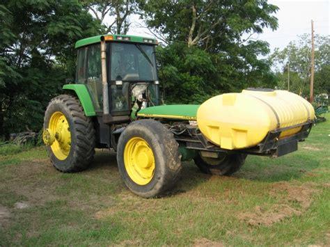 John Deere 7800 salvage tractor at Bootheel Tractor Parts