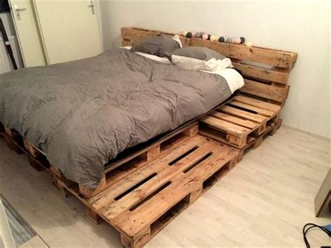 Attractive Pallet Platform Bed With Best 25 Pallet