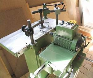 Slot mortising machine
