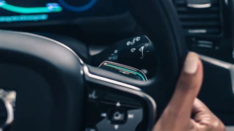 volvo intellisafe auto pilot driverless technology