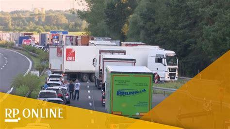 A10 Geisterfahrer Blockieren Rettungsgasse by A10 Bei Brandenburg Wut 252 Ber Falschfahrer In Rettungsgasse