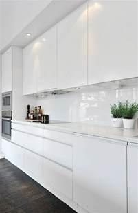 kitchen island modern moderne weiße küchen kücheneinrichtung in weiß planen
