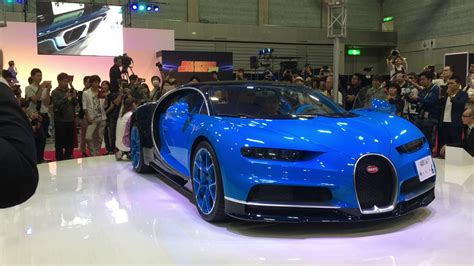 Bugatti tells us that one of the key aims in the. ブガッティシロンマフラー音(Bugatti Chiron exhaust sound) - YouTube