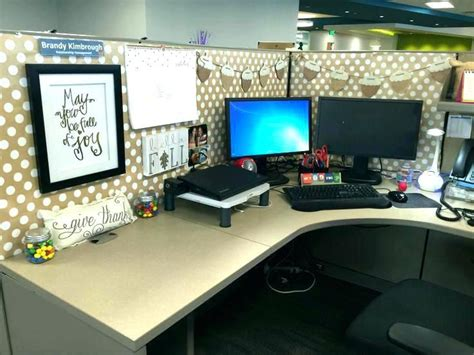 Ideas For Office At Work by Decoration Ideas For Office Desk Work Cubicle Decoration