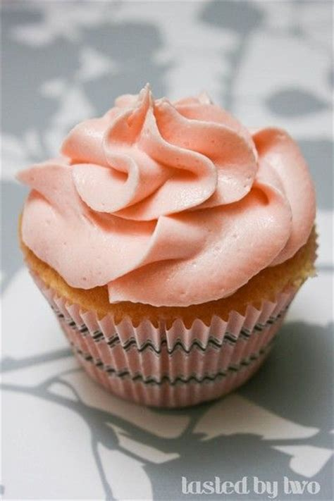cream cheese cupcakes  cakewith guava buttercream