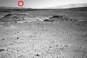 UFO over Mars seen in jaw-dropping photo from NASA ...